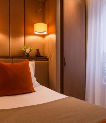Hotel La Bourdonnais Paris - Single Room Single